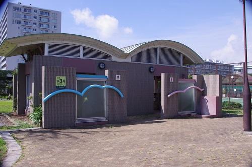 辰巳の森公園トイレ
