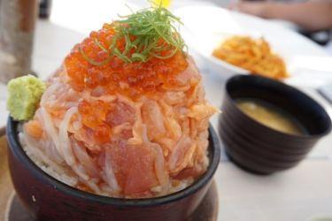 マリンタウン漁師丼
